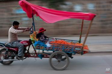 Peru Daily Life by Rodrigo Abd
