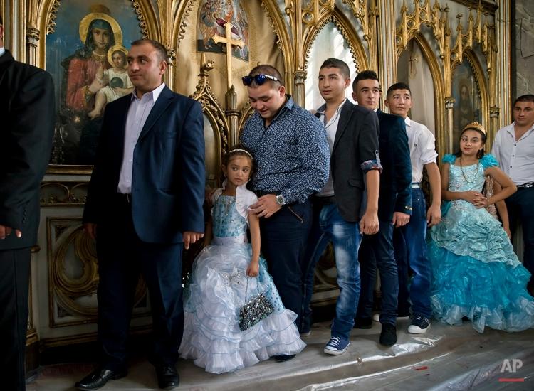 Romania Religion Gypsy Virgin Mary