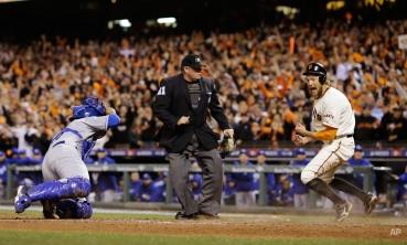 Sports Roundup: Oct. 27, 2014