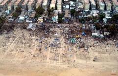 An aerial view of Pattinapakam, a slum which was destroyed tsunami, near Madras, India, Thursday, Dec. 30, 2004. (AP Photo/M.Lakshman)