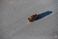 Hummer driver Robby Gordon and co-pilot Johnny Campbell, both from the U.S., race across the Uyuni salt flats during the eighth stage of the Dakar Rally 2015 between Uyuni, Bolivia, and Iquique, Chile, Sunday, Jan. 11, 2015. (AP Photo/Felipe Dana)