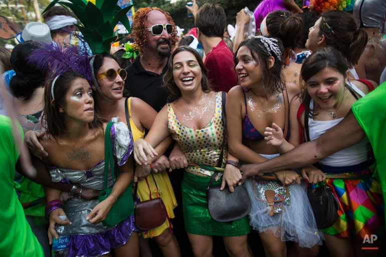 brazilian carnival essay Many cities like fortaleza, maceió and natal even organize out-of-season carnaval events as said: the brazilian has always an excuse to throw a party.