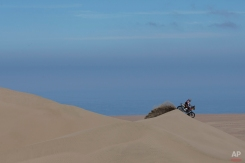 KTM rider Marc Coma of Spain races during the sixth stage of the Dakar Rally 2015 between the cities of Antofagasta and Iquique, Chile, Friday, Jan. 9, 2015. (AP Photo/Felipe Dana)