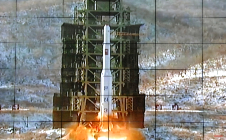 A screen at the General Satellite Control and Command Center shows the moment North Korea's Unha-3 rocket is launched in Pyongyang, North Korea, Wednesday, Dec. 12, 2012. (AP Photo)