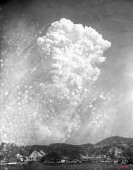 Smoke rises 20,000 feet above Hiroshima on Aug. 6, 1945 after the first atomic bomb was dropped during warfare. (AP Photo)