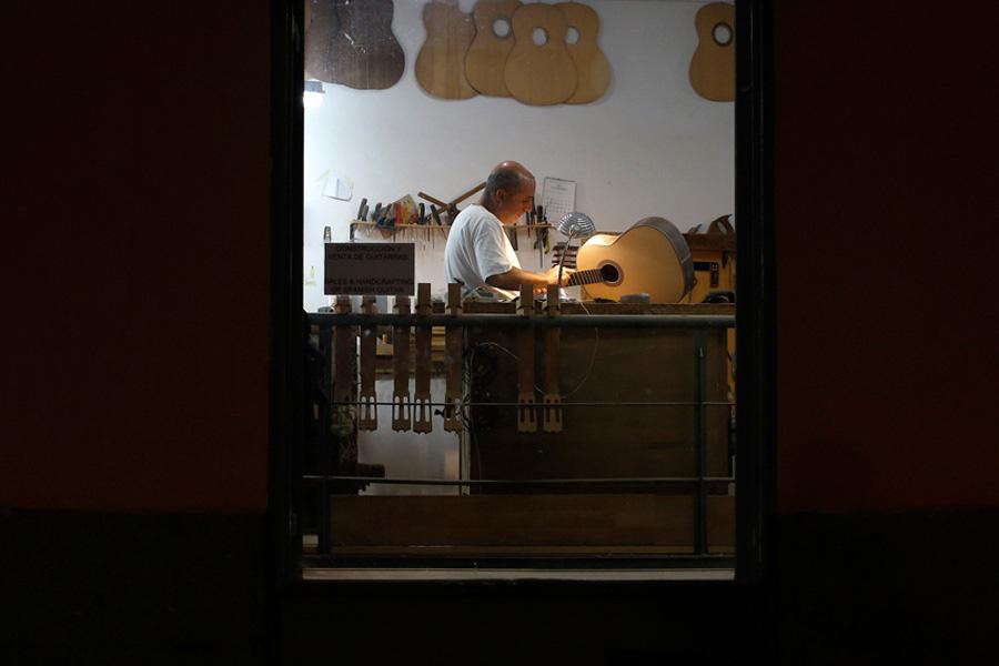 Spain's Handmade Guitars